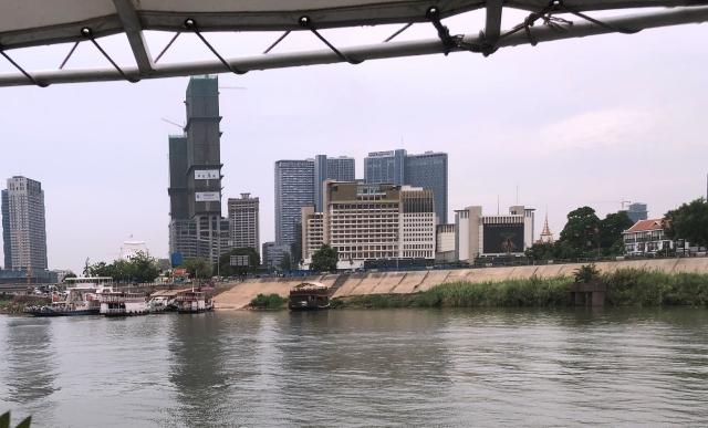 メコン川の都会の風景